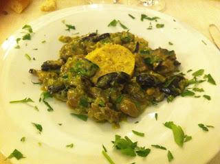 Lumache allo scalogno, funghi shii-takè e polenta di mais integrale