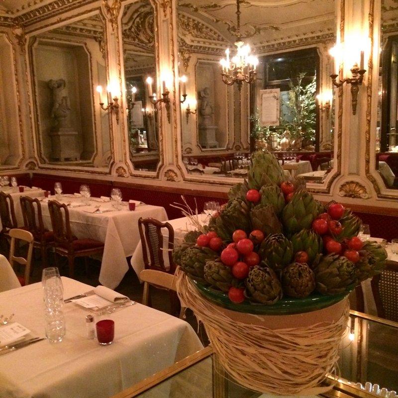 uno stile daltri tempi e una cucina dautore sincontrano allo storico caff e ristorante platti nel cuore di torino matteo malacarne chef del