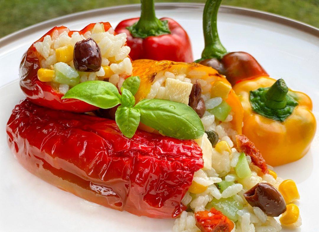Peperoni ripieni di riso al forno senza carne